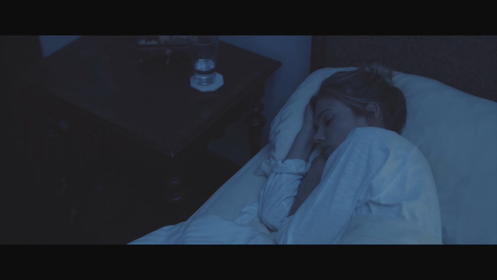 [4K] Florrie - Borderline (Official Video)