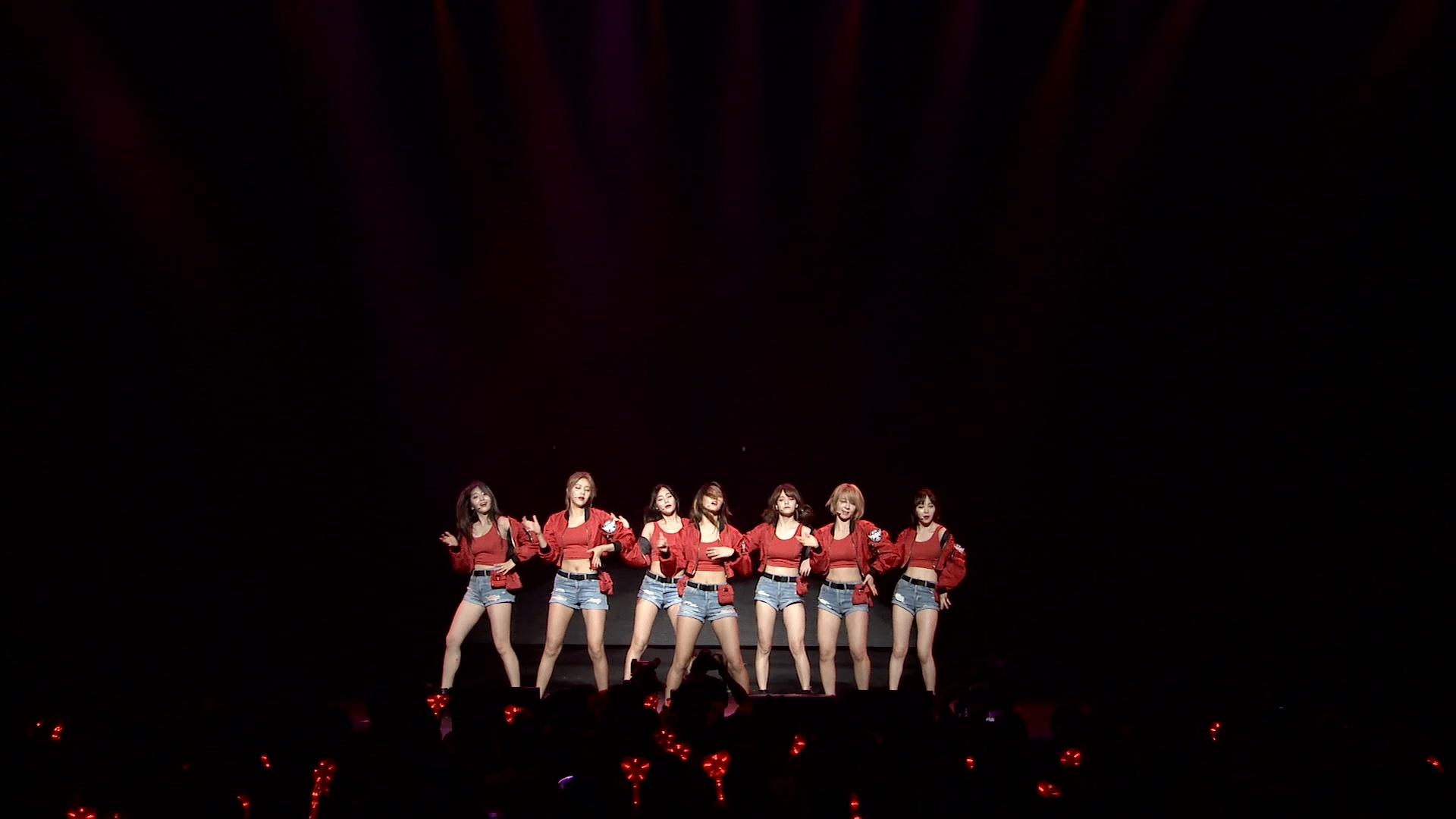 AOA-Summer_Concert_in_Japan_ANGELS_WORLD_2016.mkv_20200915_183027.823