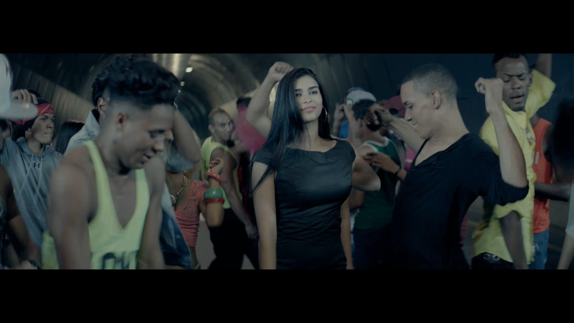 Enrique Iglesias - Bailando (Español) ft. Descemer Bueno, Gente De Zona [Master ProRes 1080p] -JatSen.mov_20201015_220847.910